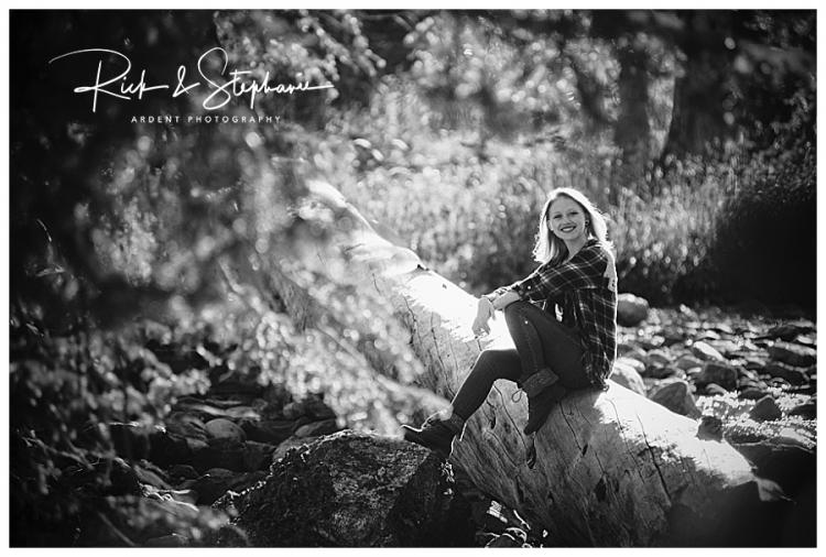 WYOMING SENIOR PHOTOGRAPHERS